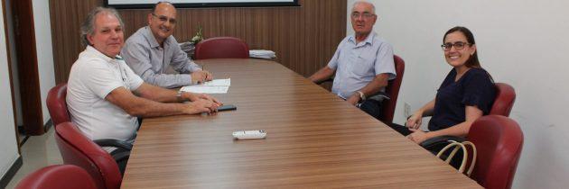 PCCS: Mais dois companheiros recebem seus valores